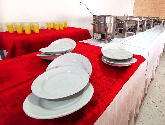 3.catering